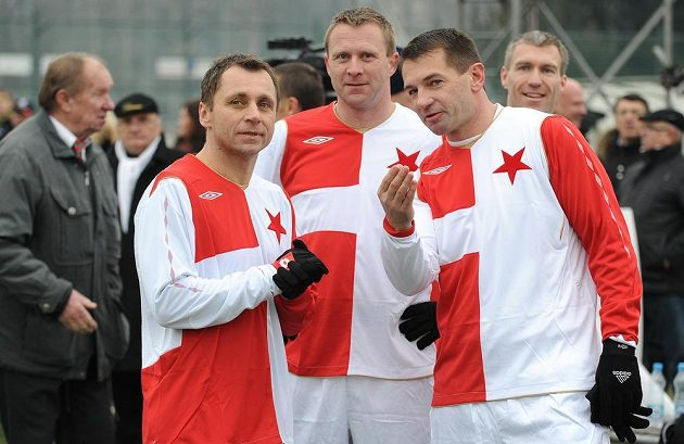 Internacionálové Slavie Praha (zleva): Ivo Ulich, Stanislav Vlček a Pavel Kuka.