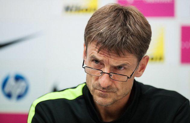 Trenér fotbalistů FC Curych Urs Meier na tiskové konferenci v Liberci.