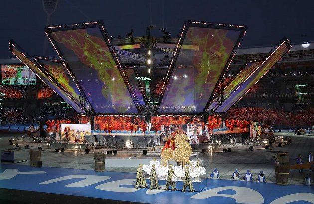 Kulturní program při zahájení Evropských her.