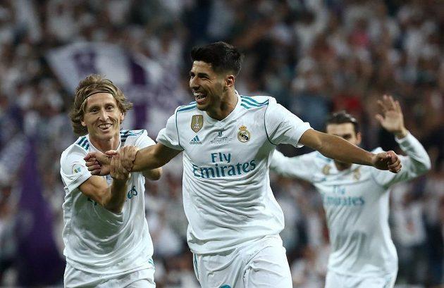 Radost Marca Asensia z první branky Realu v odvetě španělského Superpoháru.