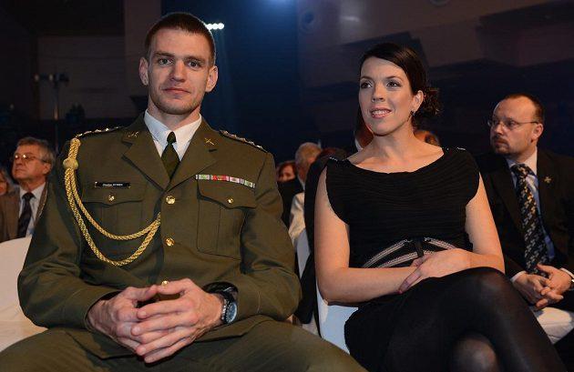 Skifař Ondřej Synek s manželkou během ankety Sportovec roku 2013.