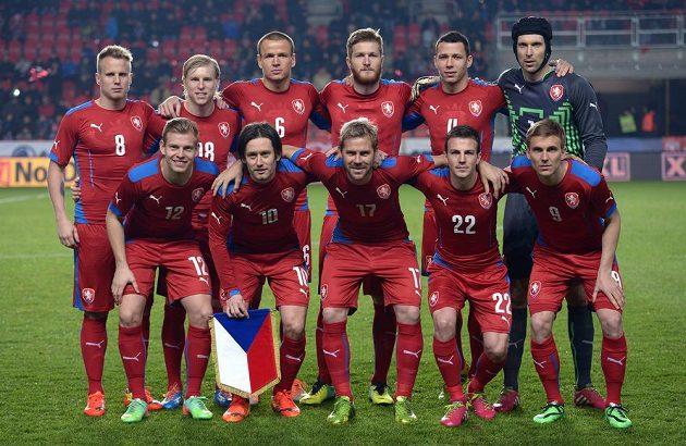 Mužstvo české fotbalové reprezentace během přátelského utkání národních týmů, ČR - Norsko, hrané 5. března 2014 v Edenu.