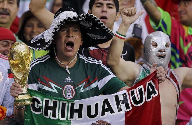 Mexičtí příznivci mohou dál křičet při výkopech soupeřova brankáře.