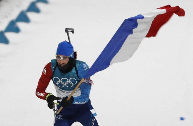 Martin Fourcade v olympujské stáhačce portvrdil formu, vyhrál s velkým náskokem na trati 12,5 kilometru.