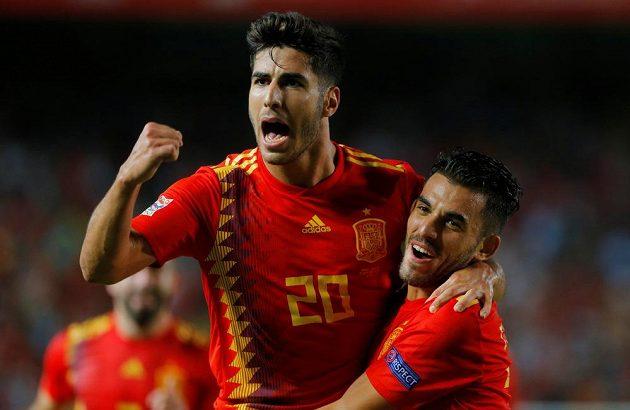 Marco Asensio slaví třetí branku španělského týmu