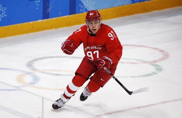 Ruský hrdina Nikita Gusev vstřelil ve finále Německu dvě branky.