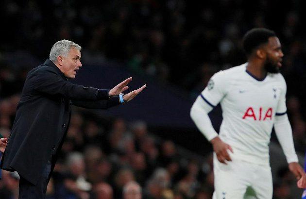 Manažer Tottenhamu Hotspur José Mourinho hodně prožíval duel Ligy mistrů s Olympiakosem.