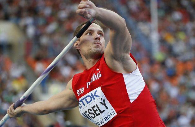 Český oštěpař Vítězslav Veselý vybojoval na mistrovství světa v Moskvě zlato.