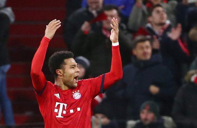 Bayern Mnichov vyrovnal bitvu Ligy mistrů s Liverpoolem díky vlastnímu gólu. U akce byl i mnichovský Serge Gnabry a slavil tak, jako by se sám trefil.