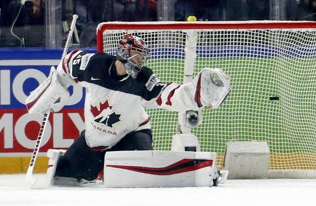 Je tam. Kanadský gólman Darcy Kuemper nestihl zakročit, Švýcarsko vedlo v semifinále MS 1:0.