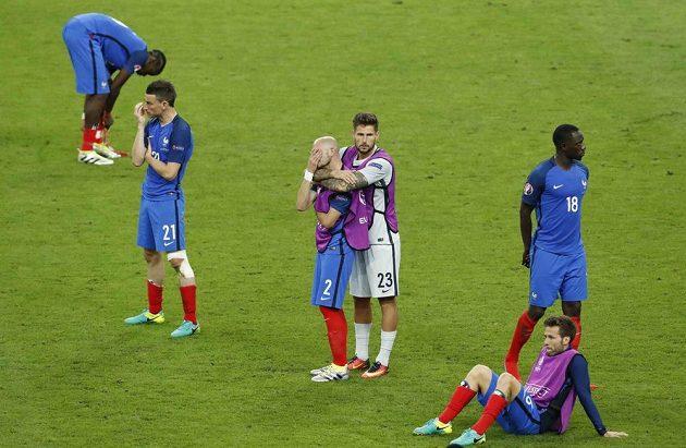 Smutek Francouzů po prohraném finále s Portugalskem.