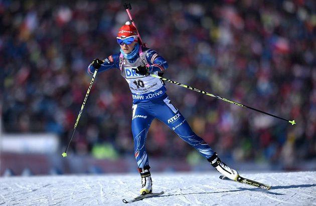 Veronika Vítková na cestě za třetím místem ve sprintu SP v Novém Městě na Moravě.