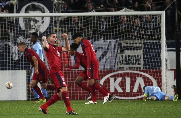 Bordeaux slaví, fotbalová Slavia Praha v utkání Evropské ligy právě inkasovala.