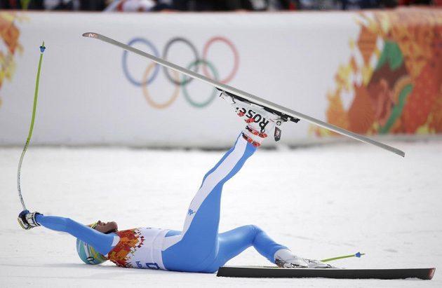Zběsilá stříbrná radost Christofa Innerhofera v cíli olympijského sjezdu.