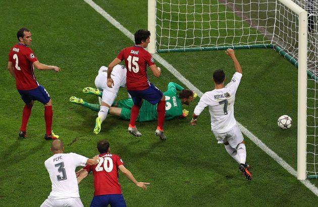 Úvodní gól finále Ligy mistrů v brance Atlétika Madrid