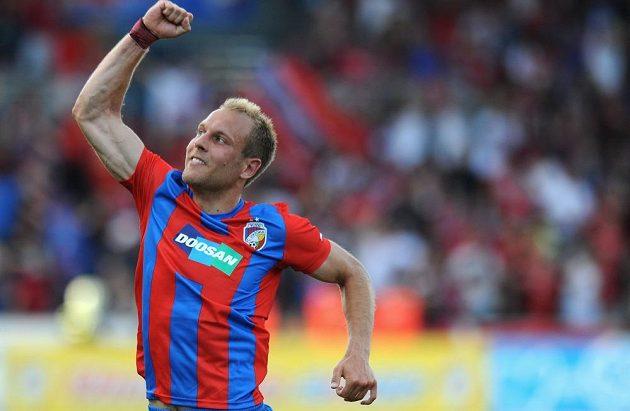 Plzeňský záložník Daniel Kolář oslavuje druhý gól během 2. předkola Ligy mistrů proti Željezničaru Sarajevo.