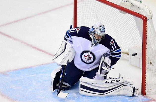 Ondřej Pavelec tentokrát nepomohl Winnipegu k vítězství.