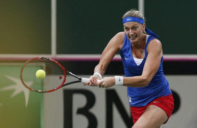 Petra Kvitová ve finálovém duelu Fed Cupu s Němkou Kerberovou.