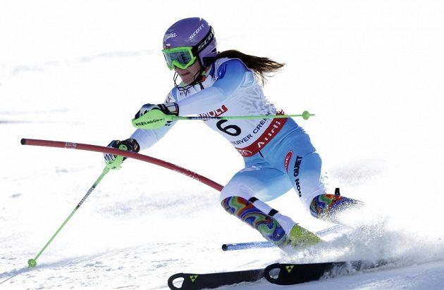 Šárka Strachová na trati prvního kola slalomu na MS v Beaver Creeku.