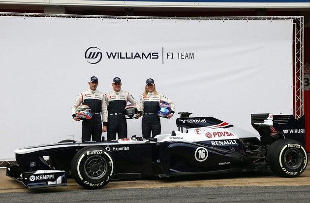Nový Williams FW35. Zleva Pastor Maldonado z Venezuely, Valtteri Bottas z Finska a Susie Wolffová z vývojového oddělení britské stáje.