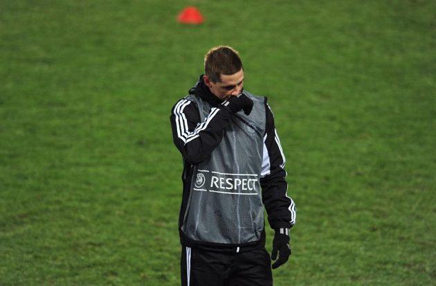 Španělský útočník Fernando Torres ve službách Chelsea během středečního tréninku na Letné.