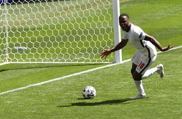 Gól! Anglie zvítězila v úvodním uktání skupiny D fotbalového EURO nad Chorvatskem. Zápas rozhodl v 57. minutě Raheem Sterling.