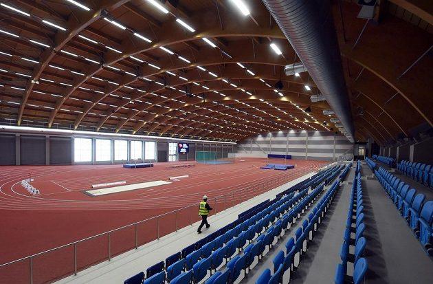 Pohled na novou atletickou halu ve Vítkovicích.