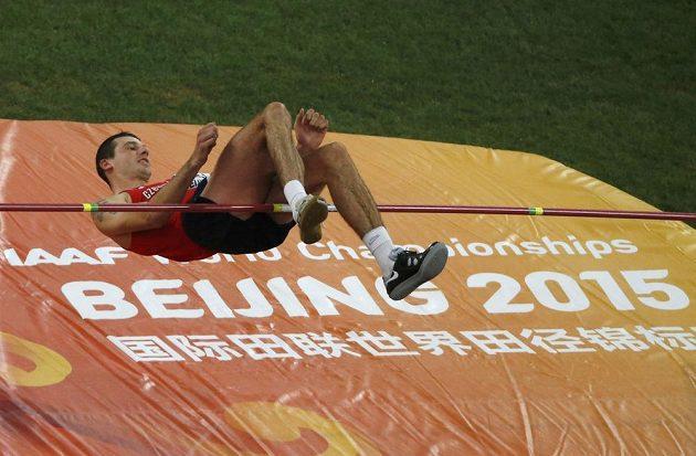 Výškař Jaroslav Bába ve finále MS v pekingu.