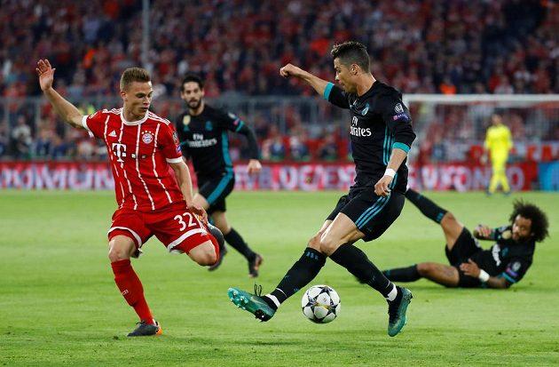 Cristiano Ronaldo z Realu Madrid a jeho kouzla v semifinále Ligy mistrů proti Bayernu Mnichov.