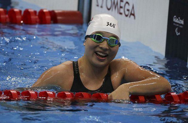 Vítězka paralympijského závodu na závodu na 50 metrů volný způsob Li Čang z Číny
