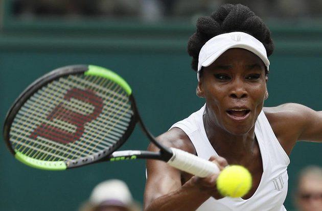 V kvapíkovém tempu postoupila Venus Williamsová do čtvrtfinále Wimbledonu.