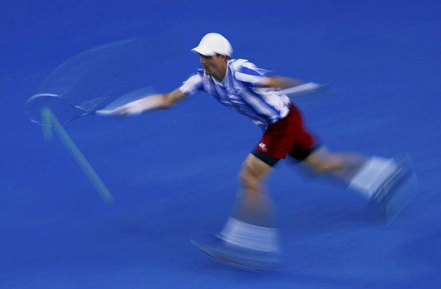 Pohyb Tomáše Berdycha v semifinále Australian Open.
