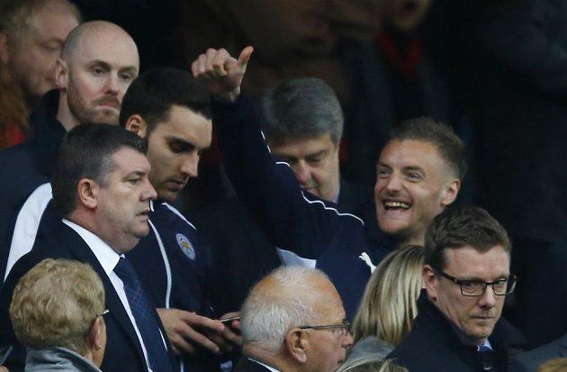 Nejlepší střelec Leicesteru Jamie Vardy sledoval zápas jen z tribuny.
