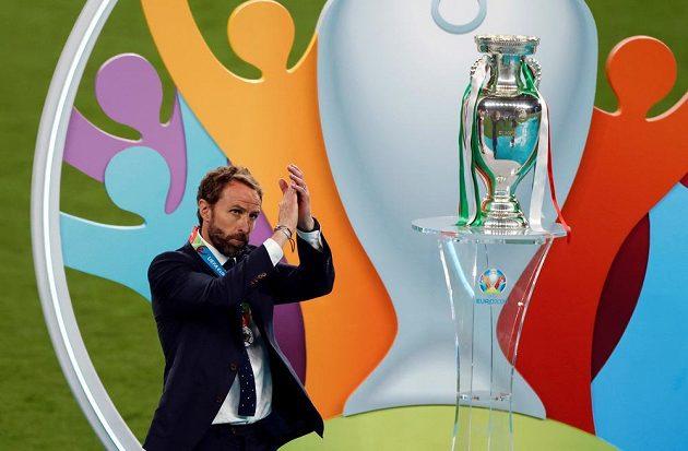 Zatleskal fanouškům i hráčům. Trenér anglických fotbalistů Gareth Southgate pak vzal na sebe plnou zodpovědnost za neúspěšný penaltový rozstřel ve finále mistrovství Evropy s Itálií.