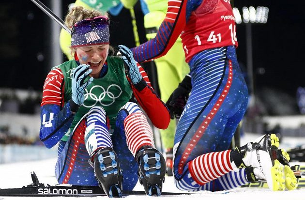 Aneričanka Jessica Digginsová po zlatém triumfu ve sprintu dvojic.