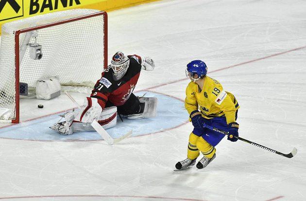 Vítězný nájezd Nicklase Bäckstroma ve finále MS.