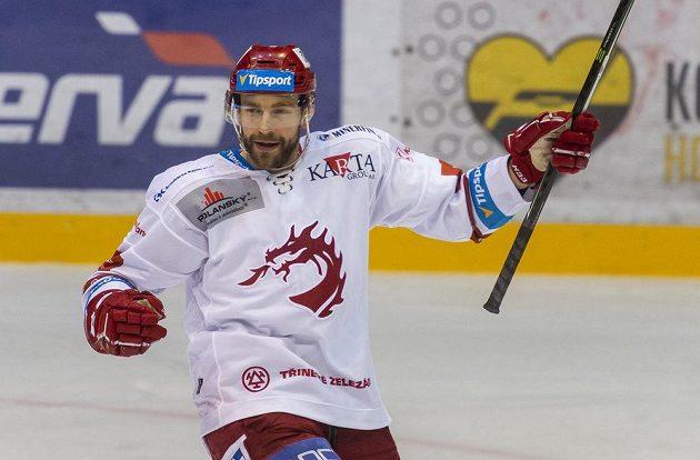 Tomáš Marcinko z Třince se raduje z gólu.
