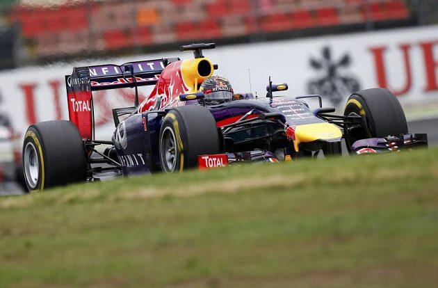 Loňský vítěz německé GP Sebastian Vettel z Red Bullu obsadil čtvrté místo.