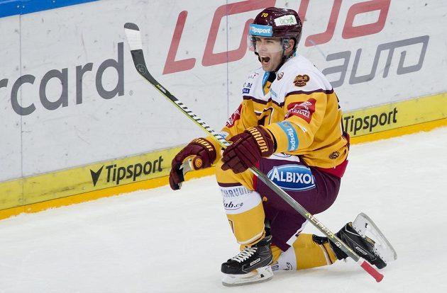 Útočník Jihlavy Lukáš Žálčík se raduje z gólu.