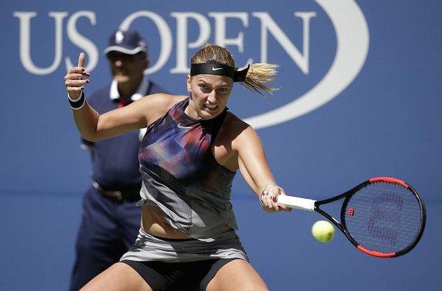 Returnující Petra Kvitová v zápase proti Garciaové.