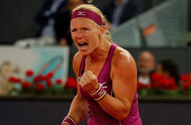 Kiki Bertensová z Nizozemska neprodala ve finále v Madridu kůži lacino.
