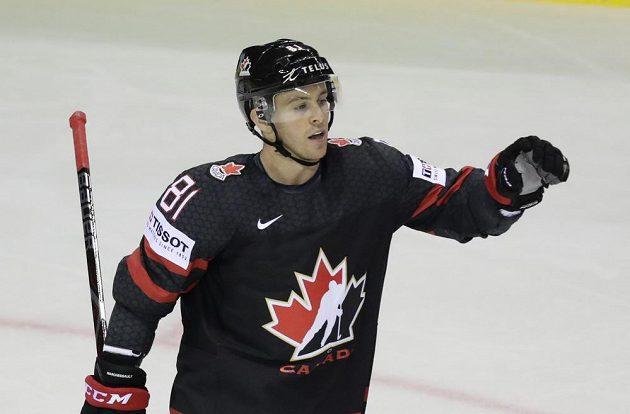 Kanadský hokejista Jonathan Marchessault slaví poté, co dal gól v utkání mistrovství světa.