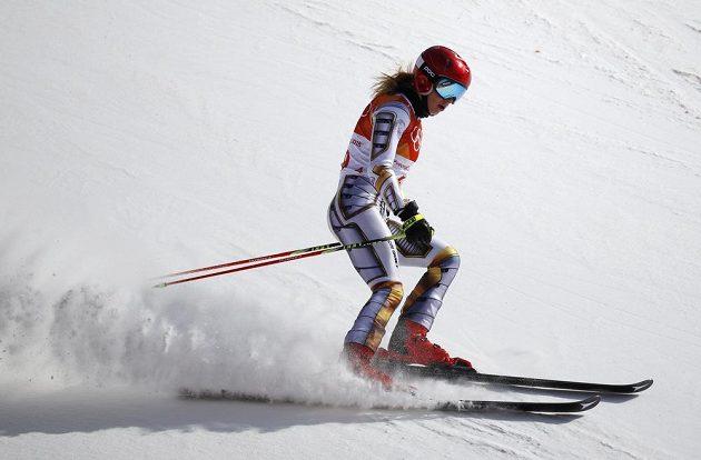 Česká reprezentantka Ester Ledecká ukázala v obřím slalomu, že je českou lyžařskou jedničkou.