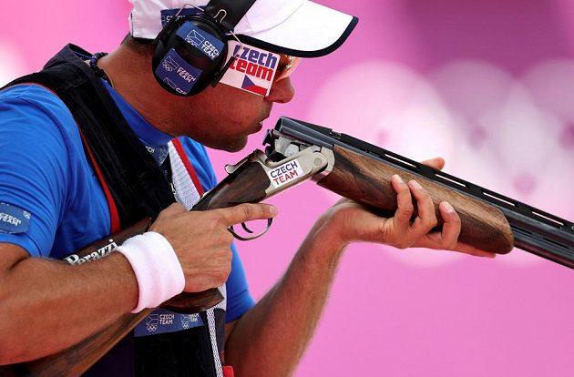 David Kostelecký během kvalifikace střelby v trapu.