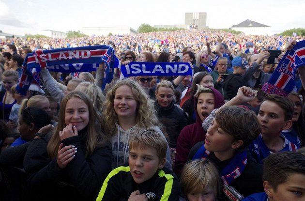 Celý Island byl při návratu fotbalistů z ME na nohou.