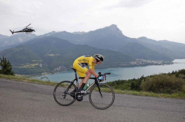 Christopher Froome z Velké Británie během časovky v 17. etapě.