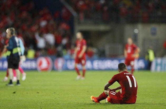 Zklamaný Daniel Pudil po porážce od Turecka, která znamenal vyřazení z mistrovství Evropy.