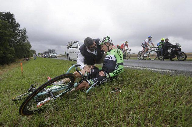 Otřesený Nizozemec Stef Clement během sedmé etapy.