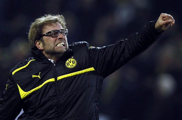 Trenér Borussie Dortmund Jürgen Klopp se raduje z postupu do semifinále Ligy mistrů.