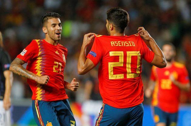 Španělští fotbalisté svého soupeře nešetřili
